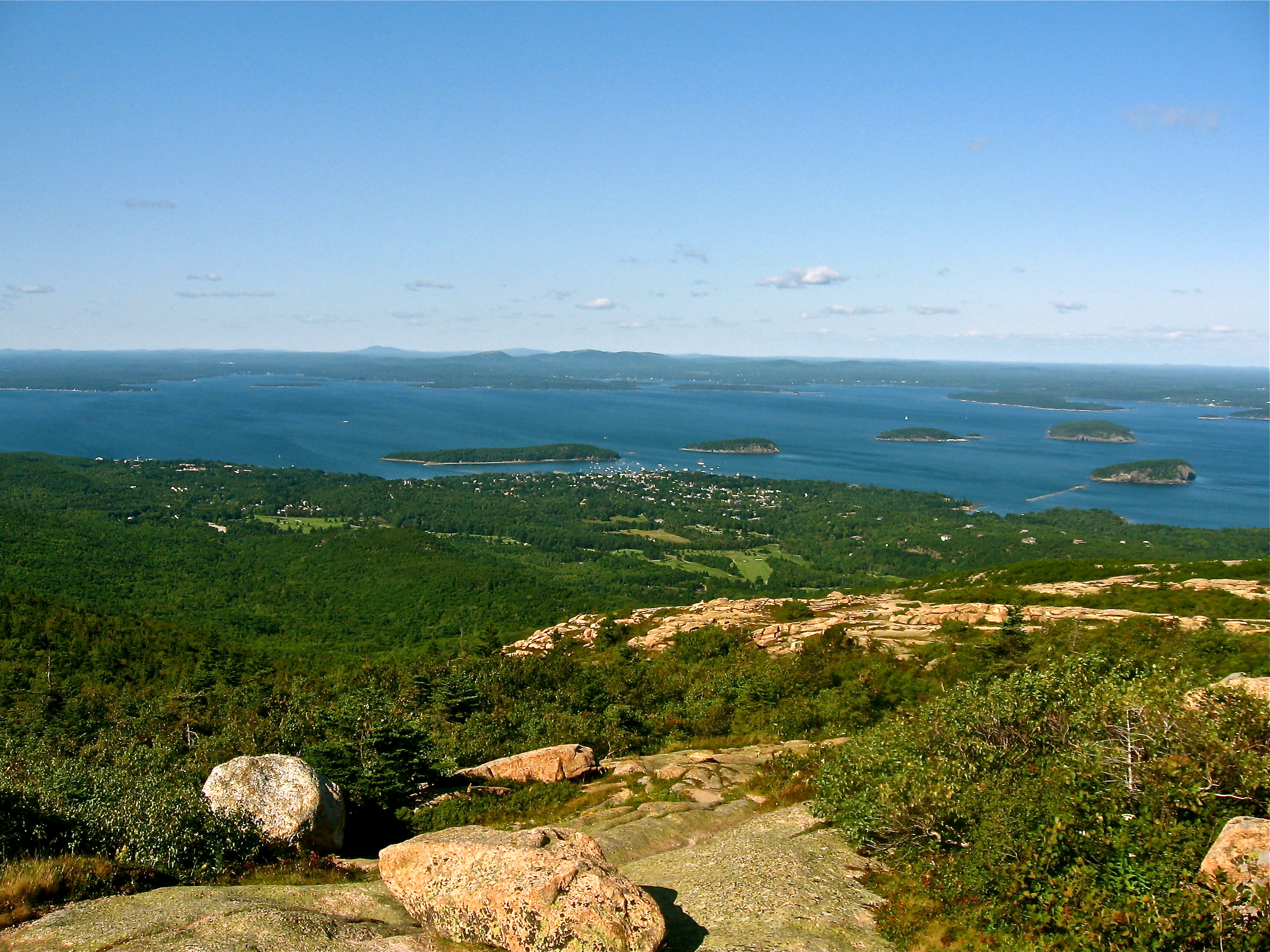 A view from Cadillac Mountain in Acadia National Park overlooking Bar Harbor.